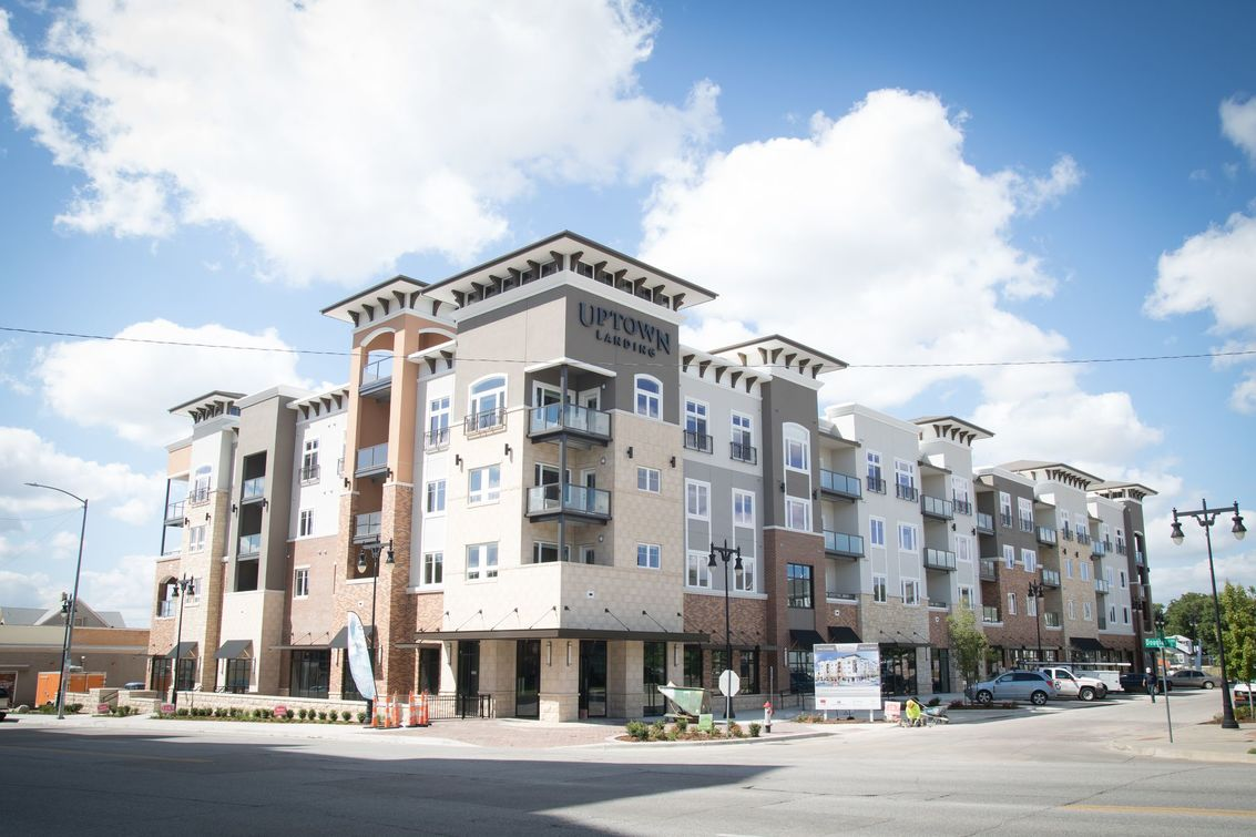 Uptown Landing apartments in wichita