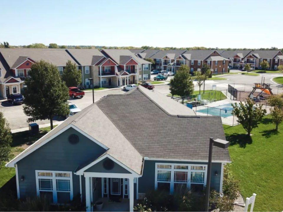 Reserves at Prairie Glen Apartments